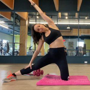 Article-Fitness-Étirements au sol